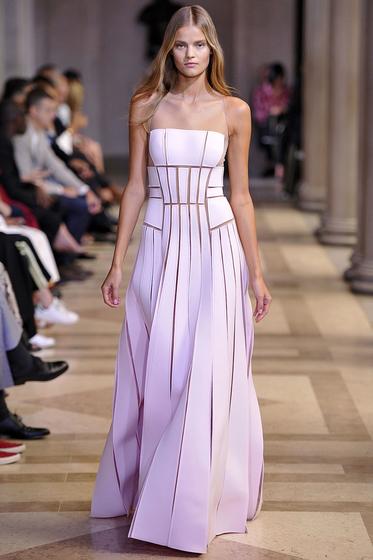 Evening Gown Carolina Herrera Lookbook