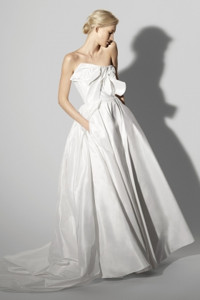 Sp18_Bridal_Fabiana_32802SAT_F