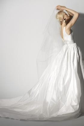 Sp18_Bridal_Felisa_32824SAT